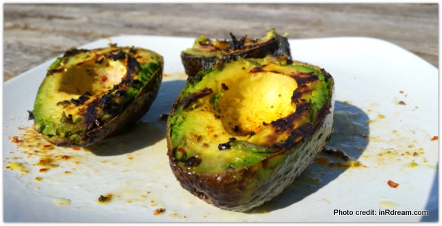 Easy Weekday Recipe: Grilled Avocado and Flank Steak Sandwich