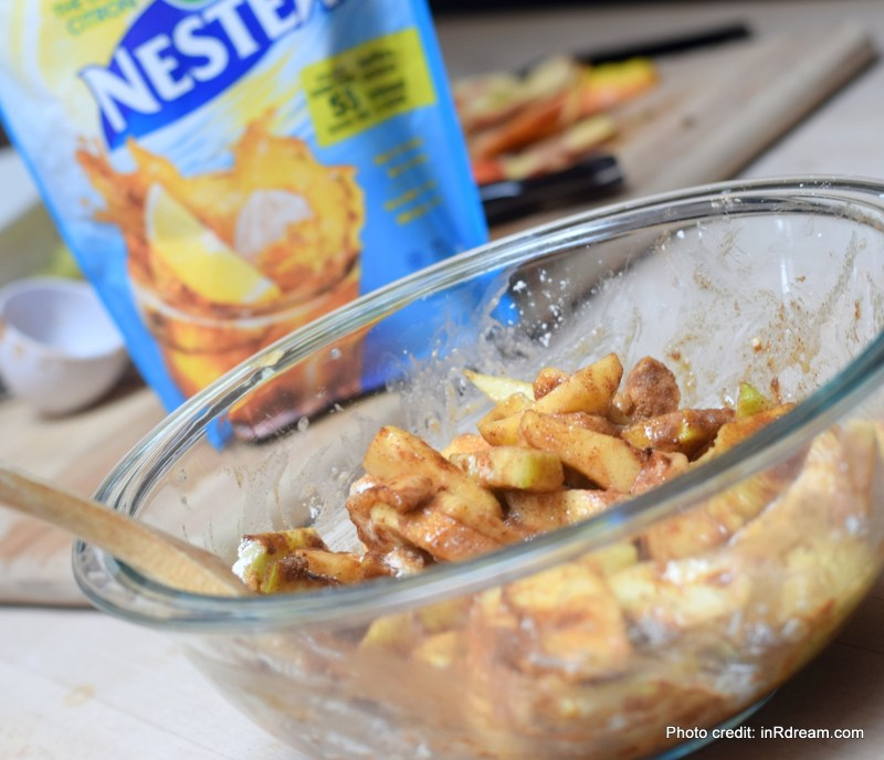 Stir Things Up With This Apple Crisp Recipe, Apple Crisp Recipe, Apple Crisp, Secret ingredient in apple crisp, Oatmeal crips, Stir Things up, Fall comfort food, Kids making apple crisp, fresh apples, how to use soft apples, Lemon Apple Crisp, Kids in the kitchen, quick and easy apple crisp recipe, How to make apple crisp, Crisp Recipe, Vegan Apple Crisp, how to make a vegan apple crisp, Vegan Apple Crisp Recipe