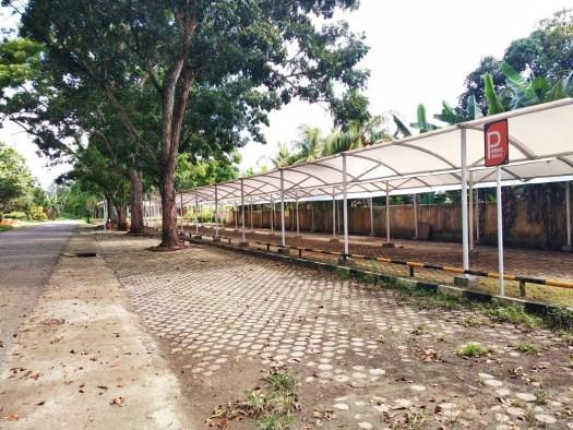 Lokasi Parkir di Samping Gedung Jurusan Akuntansi Unja
