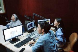 review kampus program vokasi ui - laboratorium penyiaran