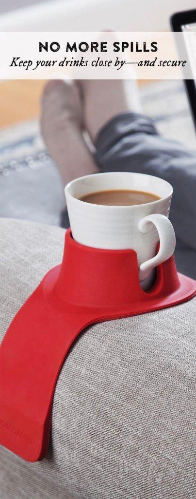 Penemuan Baru di Indonesia: Cangkir kopi melengkung untuk sofa