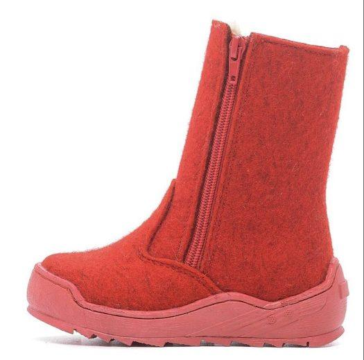Oleh-oleh Khas Rusia Sepatu Boot Anak Foma