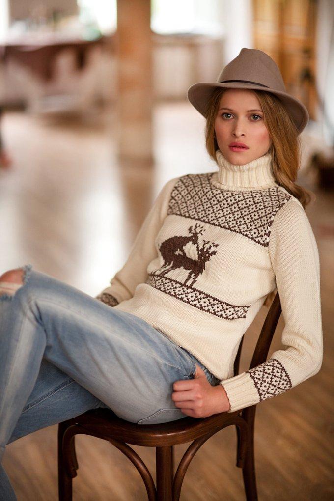 Oleh-oleh Khas Rusia Sweater Rosol