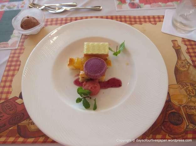 Italian lunch dessert. Dolci Misto Caffe Pane