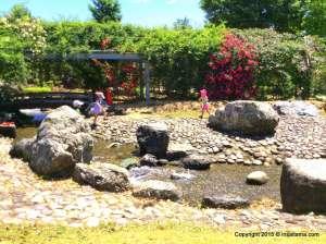 wading river water play heisei no mori Kawajima