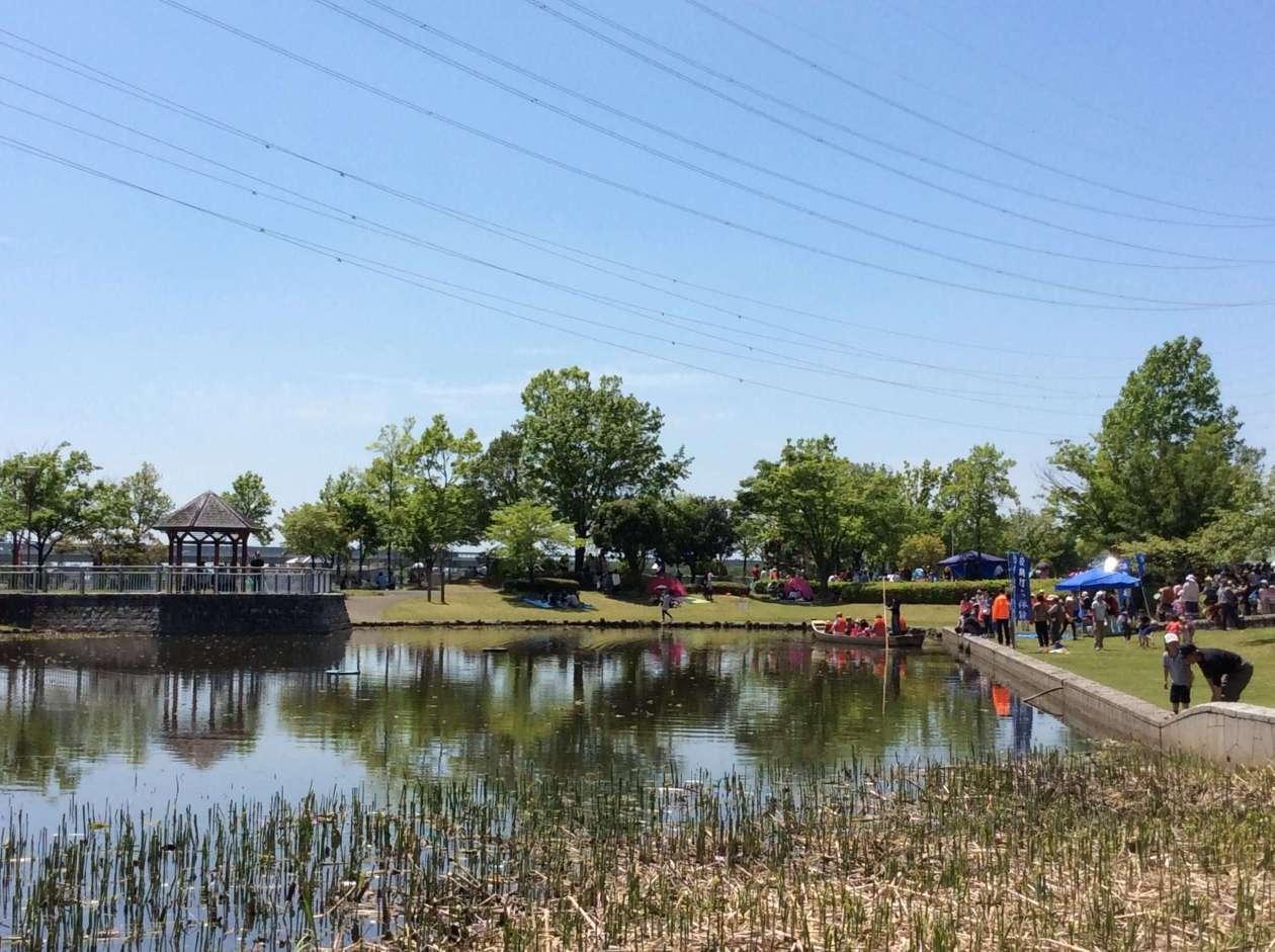 Boat ride on the lake at Children's Festival Kawajima