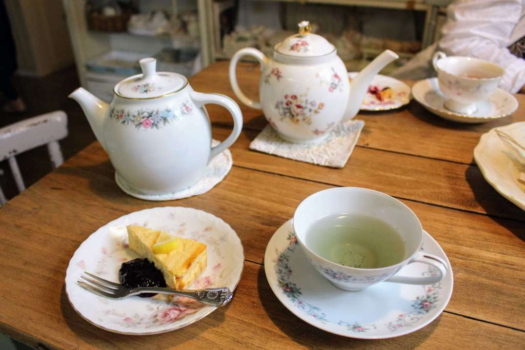 Herbal tea and homemade cake at Herbal House Yoshimi