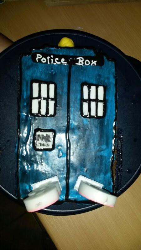 Doctor WHO Tardis Torte
