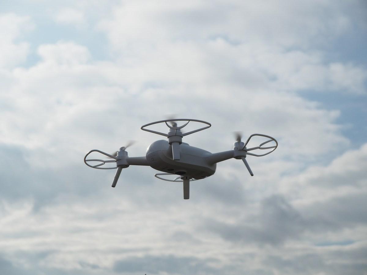 Drone-controllo-città.jpg?fit=1200%2C900&ssl=1