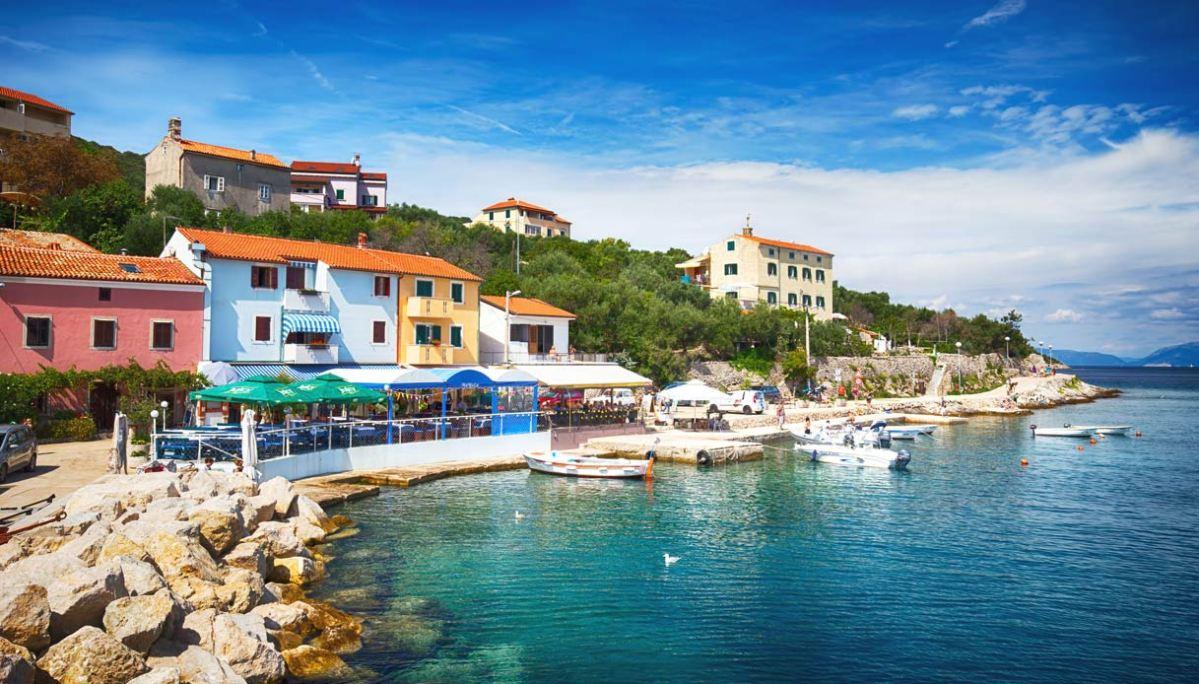 valun-croazia-borgo-mare