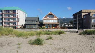Diversity in beach housing