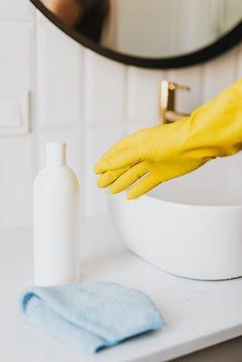 Препарат против бълхи за вкъщи 1 - къде да пръскате