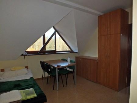 Jeden z licznych pokojów