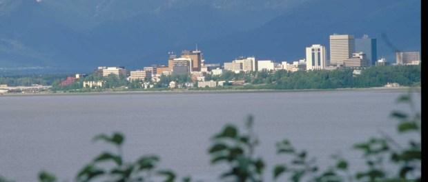 Ein Blick auf Downtown Anchorage. - Foto: State of Alaska/Frank Falvin