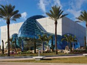 Dali Museum in St. Petersburg, Florida. - Foto: VSPC