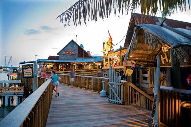 Madeira Beach - Johns Pass Village and Boardwalk. - Foto: Visit St. Petersburg/Clearwater