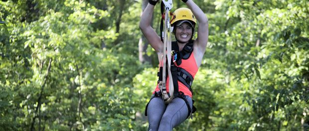 Ziplining am Mississippi. - Foto: Long Hollow Canopy Tours