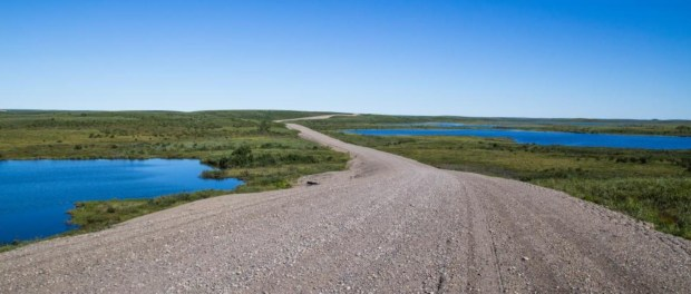 Inuvik-Tuktoyaktuk-Highway ist in Betrieb genommen worden. - Foto: Government of NWT