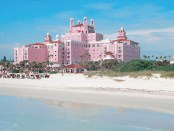 The Don CeSar feiert Geburtstag. - Foto: Visit St. Pete/Clearwater