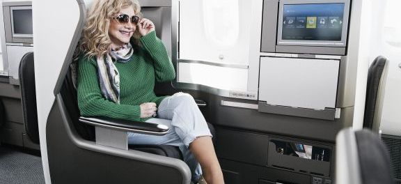 Country Musikstar Stella Parton war beim Abflug dabei. - Foto: British Airways