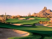 Ein paar Löcher im Troon North Golf Club spielen. - Foto: Four Seasons Resort Scottsdale