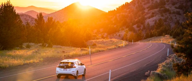 Mit dem E-Auto durch Oregon - Foto: Travel Oregon/Dylan VanWeelden