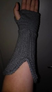 Fingerless glove gauntlet crochet