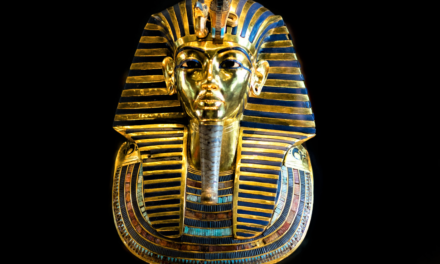 How an Ancient Meteorite Adorned King Tut's Jewelry