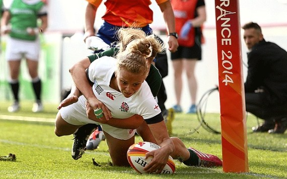 Kay Wilson scoring one of her tries for England that helped win the World Cup this year