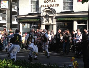 Performances at a range of Croydon pubs are used to raised money for charity by the North Wood Morris Men