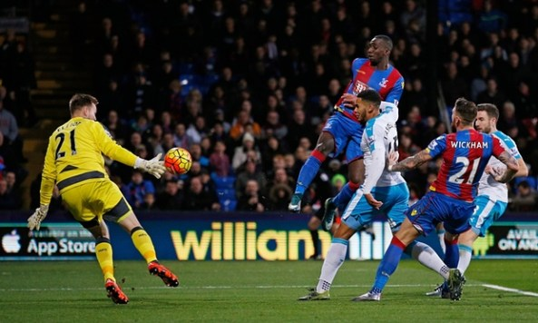 Yannick Bolassie knocks in his second in Palace's drubbing of Newcastle