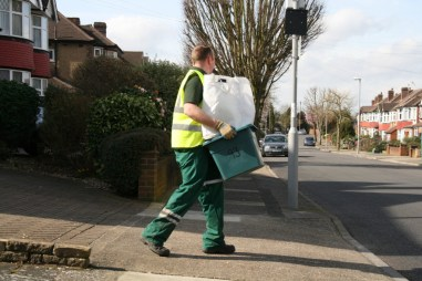 Veolia are now locked in to the bin collection and street cleaning services in Croydon until 2024