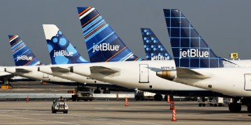 JetBlue aircraft parked at the tarmac (Source: JetBlue)