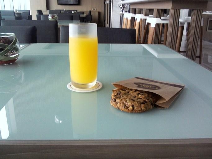 Jus d'orange, Amerikaans koekje, Lounge