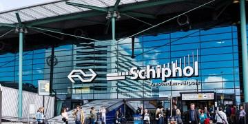 Schiphol exterieur Terminal