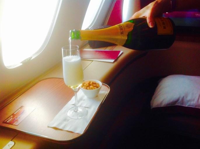 champagne, Qatar airways, a380