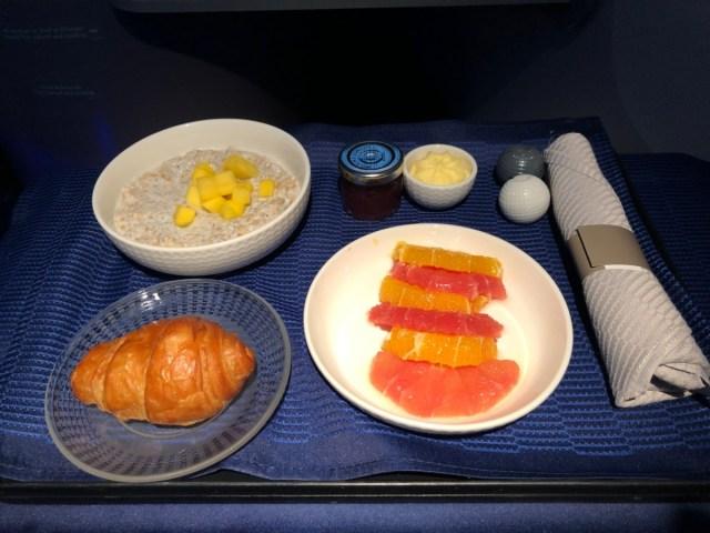united airlines, polaris, business class, voorgerecht