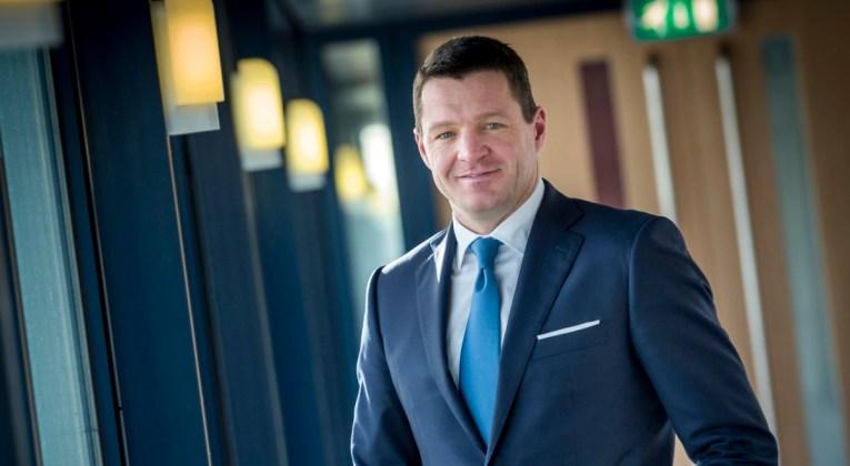 Viert KLM 100e verjaardag zonder CEO Elbers?