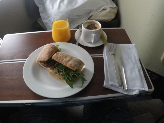 sandwich, Qantas, first class