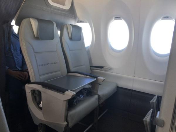 Review: Business Class AirBaltic Airbus A220-300 (CS300) Parijs-Riga