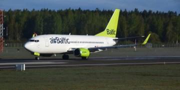 Review: Business Class airBaltic Boeing 737-300 Vilnius-Riga