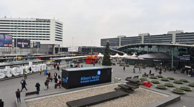 Snel contactloos boodschappen doen op Schiphol bij AH