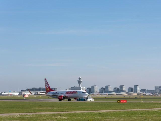 Het eerste toestel dat meewerkte aan de test is van Corendon (Bron: Fotografie voor Schiphol / ROGER CREMERS)