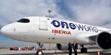 Airbus A320 van Iberia in Oneworld Livery (Bron: Iberia)