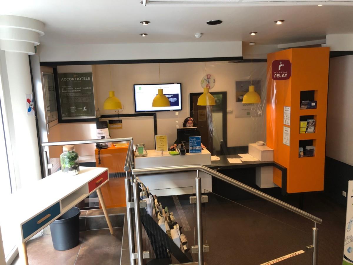 Ibis Styles Luxembourg Centre Gare Receptie