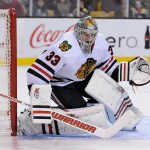 Chicago Blackhawks goalie Scott Darling (33).