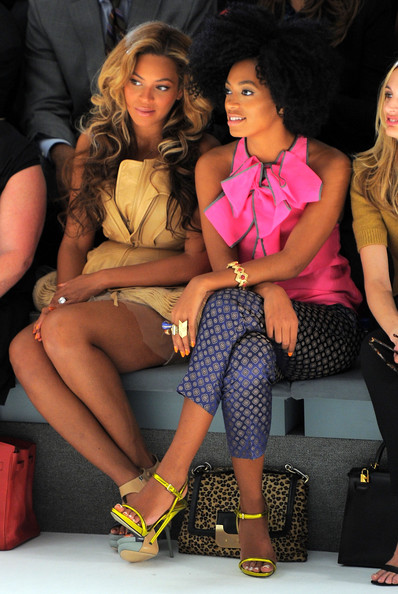 Vera-Wang-Beyonce-Solange-at-Spring-2012-Mercedes-Benz-Fashion-Show-2