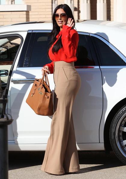 Kim+Kardashian+Hits+Barneys+New+York+Style+Uq4BJHBCmhRl