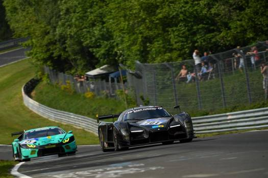 Lamborghini Huracan GT3 chasing the SCG003C at the 2016 Nurburgring 24 Hours