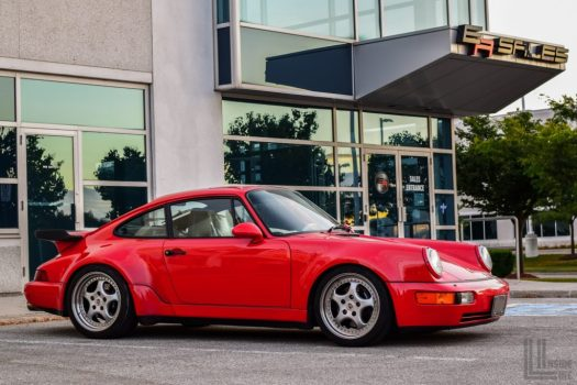Porsche 911 Turbo (965 Generation) at Engineered Automotive in Toronto